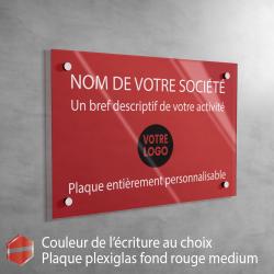Plaque professionnelle en plexiglas fond Rouge à personnaliser | 30 x 20 cm